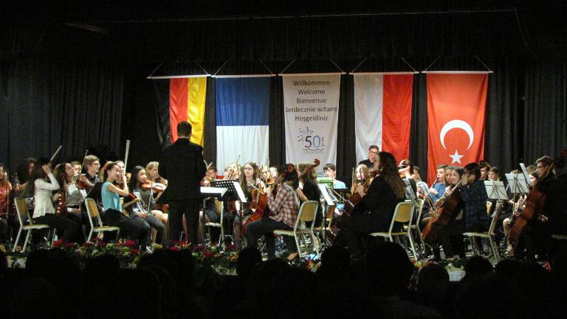 Orchesters des Conservatoire Edgar Varèse der französischen Partnerstadt Gennevilliers