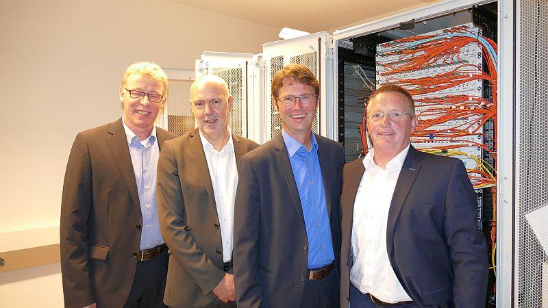 """Präsentierten die neue IT-Firma """"Provion"""" (v.l.): Bernd Kerkhoff (Leiter IT Stadtwerke Unna), Jochen Baudrexl, Jürgen Schäpermeier und Bernhard Sarbeck (Leiter IT GSW)."""