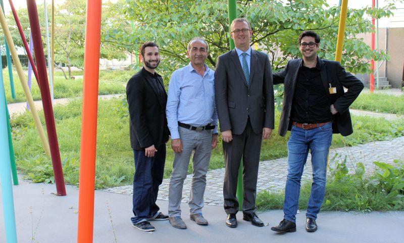 Die Konferenzteilnehmer aus dem Kreis Unna (v.l.):  Taner Cegit, Kenan Küçük, Geschäftsführer des Multikulturellen Forums e.V. (MkF), Oliver Kaczmarek und Gökçen Kuru.