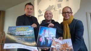 Präsentierte die Programm-Höhepunkte des 16. Bergkamener Lichtermarkts (v. l.): Karsten Quabeck, Matthias Lopez y Stift, der für die Walk-Acts verantwortlich ist, und er Leiter der Jugendkunstschule Gereon Kleinhubbert.