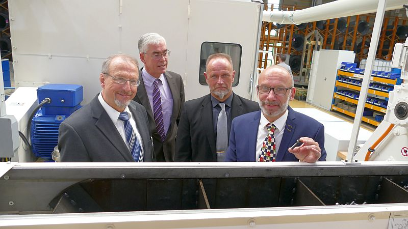 Besuch bei Bulten in Rünthe (v. l.): Roland Schäfer, Jörg Neveling, , Stephan Stegemeyer und Frank Weizel.