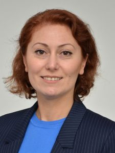 Pflegeberaterin Gülay Offele