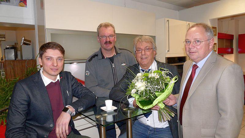 Betriebsübergabe (v. l.): Alexander Homann, Rudolf Hering, Peter Feldmann und Volker Stein.