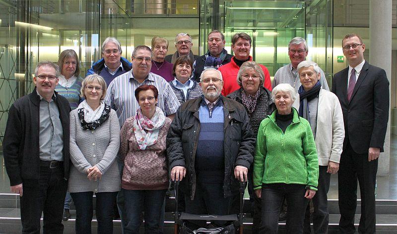Besuchergruppe in Berlin: Mit dabei waren auch Ehrenämtler aus Bergkamen.