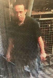 Mobiltelefon und Bargeld aus Fahrzeug gestohlen – Wer erkennt den Dieb?