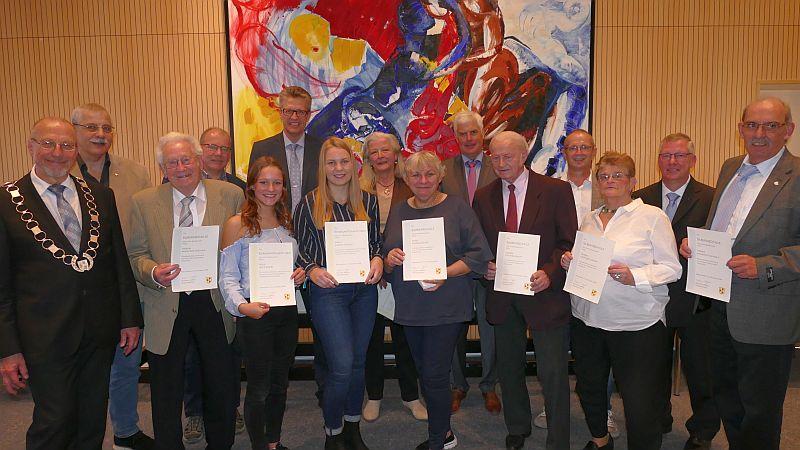 Burgermeister Roland Schafer Ehrt Zahlreiche Burgerinnen Und Burger Fur Ihr Ehrenamtliches Engagement Bergkamener Infoblog